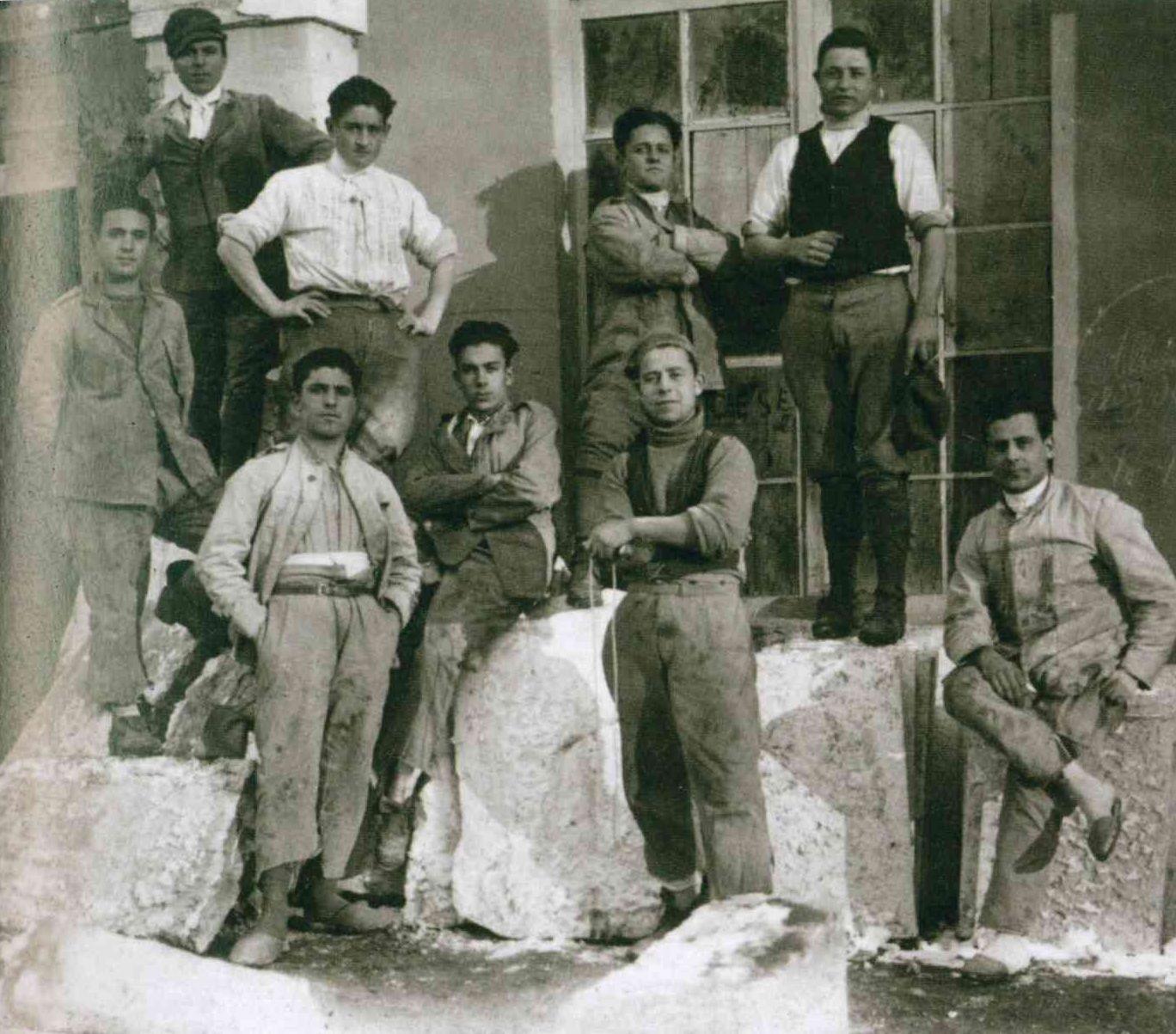Pietrasanta con altri amici scultori